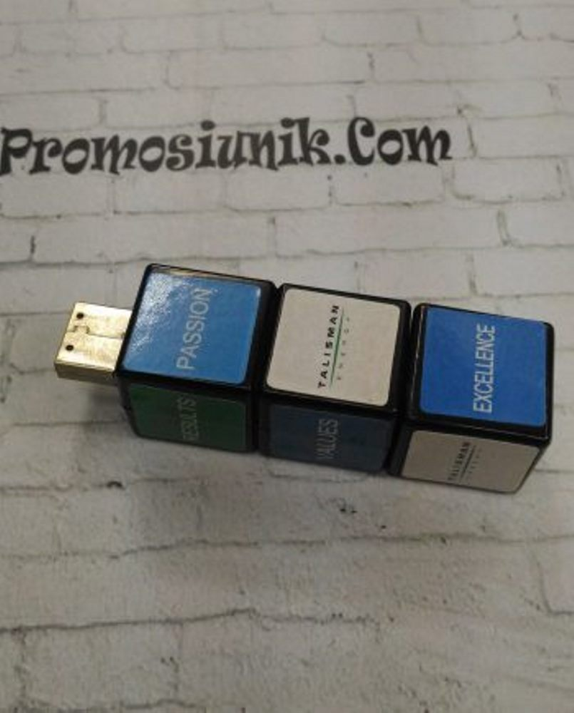 USB Cube Box 4GB dan 8GB